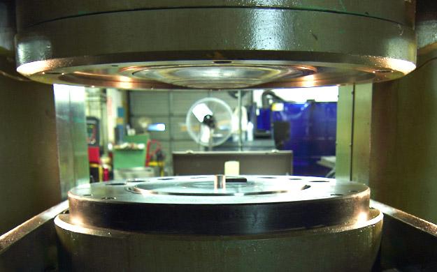 hp-hydroforming